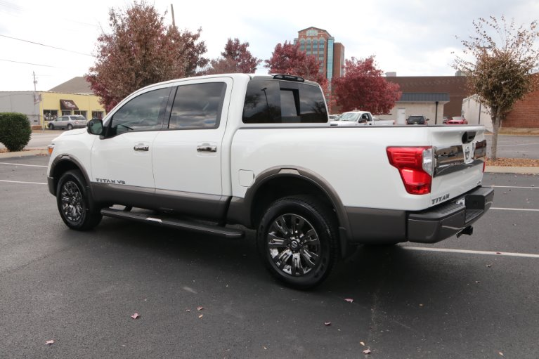 Used 2018 Nissan Titan Platinum Reserve for sale Sold at Auto Collection in Murfreesboro TN 37130 4