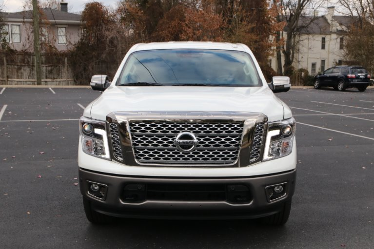 Used 2018 Nissan Titan Platinum Reserve for sale Sold at Auto Collection in Murfreesboro TN 37130 5