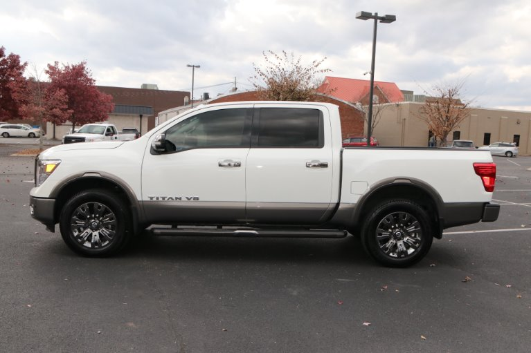 Used 2018 Nissan Titan Platinum Reserve for sale Sold at Auto Collection in Murfreesboro TN 37130 7