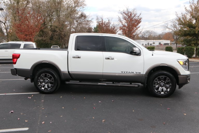 Used 2018 Nissan Titan Platinum Reserve for sale Sold at Auto Collection in Murfreesboro TN 37130 8