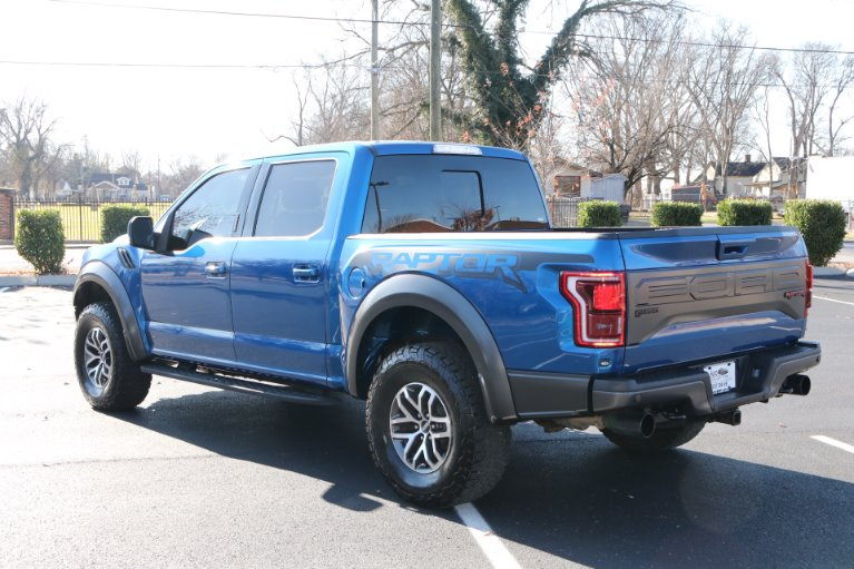 Used 2017 Ford F-150 RAPTOR CREW CAB 4X4 W/NAV Raptor for sale Sold at Auto Collection in Murfreesboro TN 37130 4
