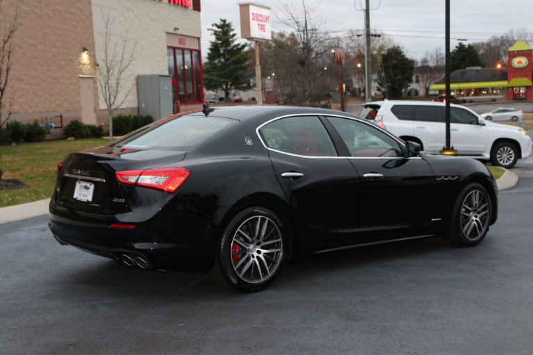 Used 2018 Maserati Ghibli S Q4 GRANLUSSO AWD W/NAV SQ4 GranLusso for sale Sold at Auto Collection in Murfreesboro TN 37130 3