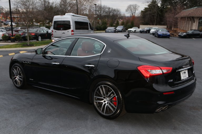 Used 2018 Maserati Ghibli S Q4 GRANLUSSO AWD W/NAV SQ4 GranLusso for sale Sold at Auto Collection in Murfreesboro TN 37130 4