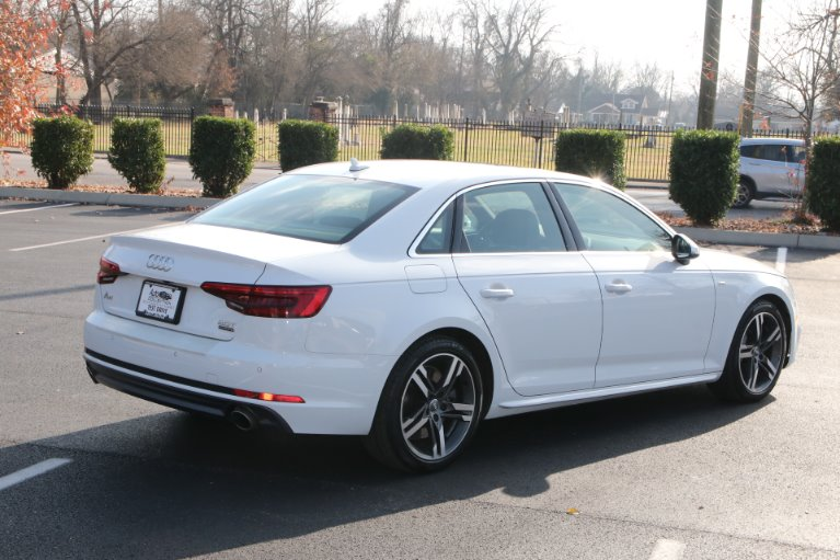 Used 2017 Audi A4  2.0T PREMIUM PLUS QUATTRO W/NAV 2.0T quattro Premium Plus for sale Sold at Auto Collection in Murfreesboro TN 37129 3