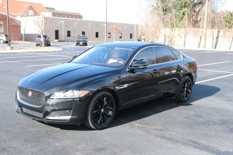 Used 2017 Jaguar XF PREMIUM RWD DIESEL W/NAV 20d Premium for sale Sold at Auto Collection in Murfreesboro TN 37130 2