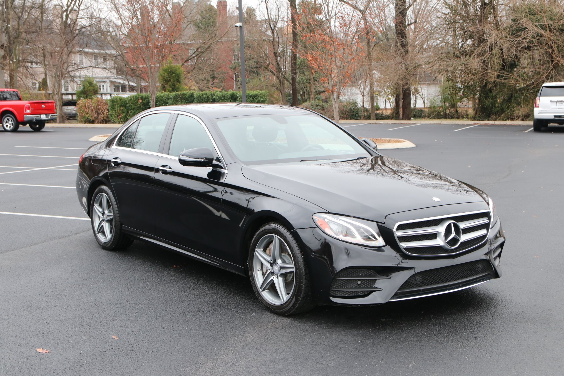 Used 2017 Mercedes-Benz E300 SPORT RWD W/NAV E 300 for sale Sold at Auto Collection in Murfreesboro TN 37130 1