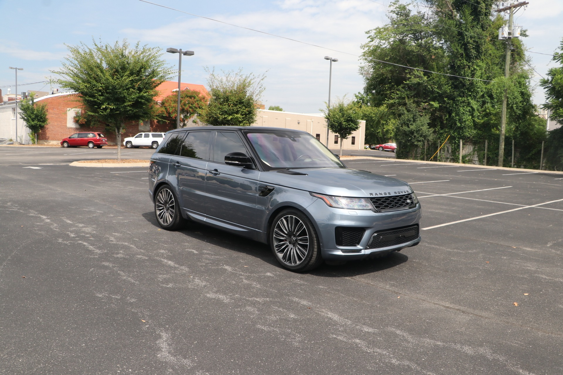 Used 2019 Land Rover Range Rover Sport V6 SUPERCHARGED HSE DYNAMIC AWD HSE Dynamic for sale Sold at Auto Collection in Murfreesboro TN 37130 1