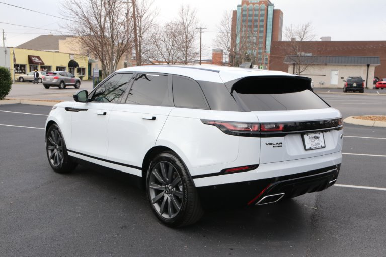 Used 2018 Land Rover Range Rover Velar P380 R-Dynamic HSE for sale Sold at Auto Collection in Murfreesboro TN 37130 4