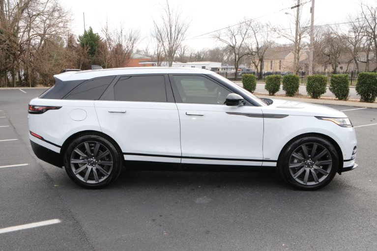 Used 2018 Land Rover Range Rover Velar P380 R-Dynamic HSE for sale Sold at Auto Collection in Murfreesboro TN 37130 8