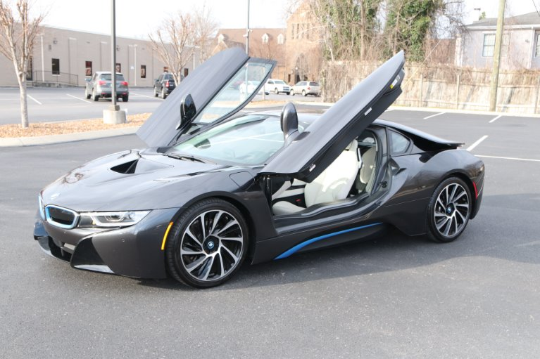 Used 2017 BMW i8 GIGI World AWD W/NAV for sale Sold at Auto Collection in Murfreesboro TN 37130 2