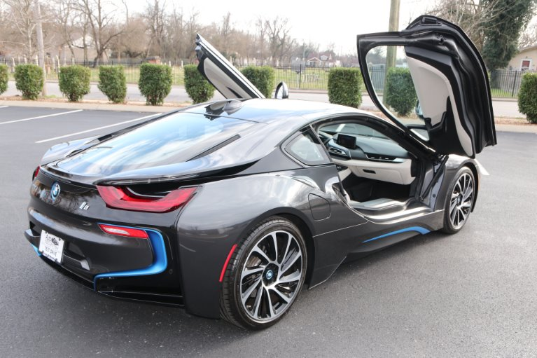 Used 2017 BMW i8 GIGI World AWD W/NAV for sale Sold at Auto Collection in Murfreesboro TN 37130 3