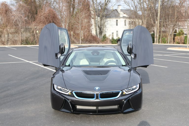 Used 2017 BMW i8 GIGI World AWD W/NAV for sale Sold at Auto Collection in Murfreesboro TN 37129 5