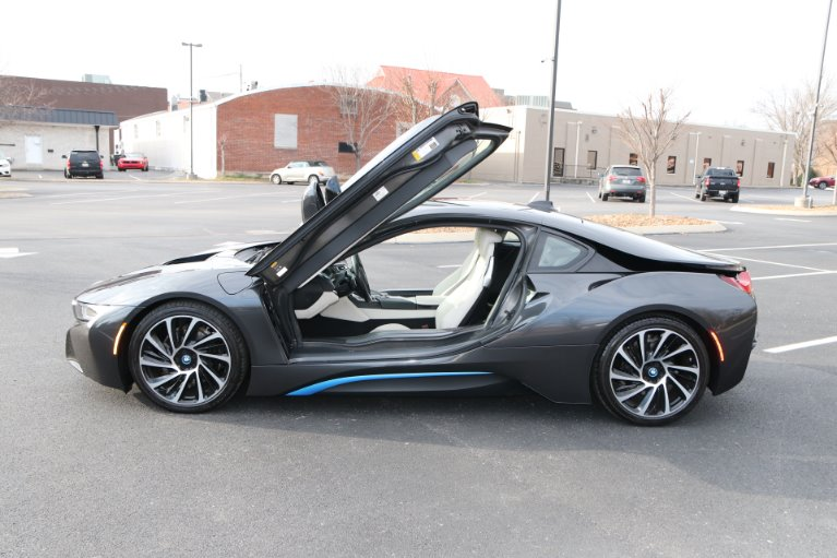 Used 2017 BMW i8 GIGI World AWD W/NAV for sale Sold at Auto Collection in Murfreesboro TN 37130 7