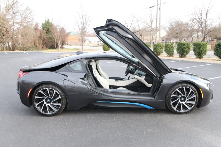Used 2017 BMW i8 GIGI World AWD W/NAV for sale Sold at Auto Collection in Murfreesboro TN 37129 8