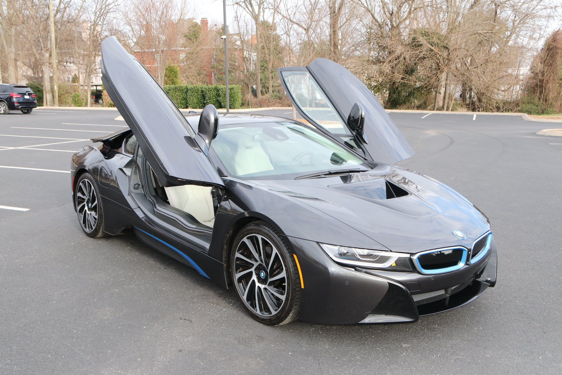 Used 2017 BMW i8 GIGI World AWD W/NAV for sale Sold at Auto Collection in Murfreesboro TN 37129 1