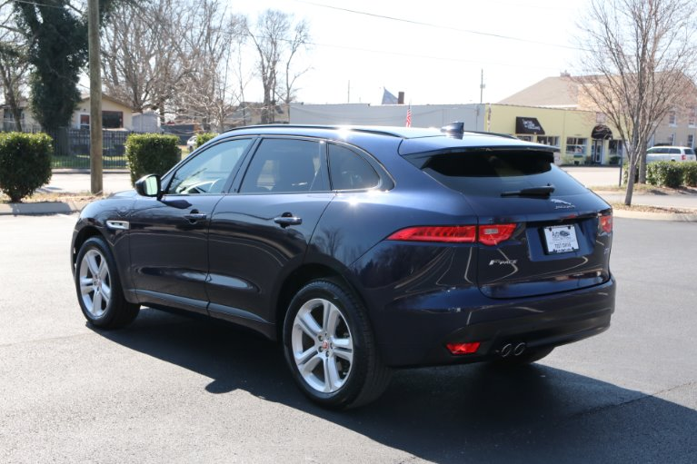 Used 2018 Jaguar F-PACE 20D R-Sport 20d R-Sport for sale Sold at Auto Collection in Murfreesboro TN 37130 4