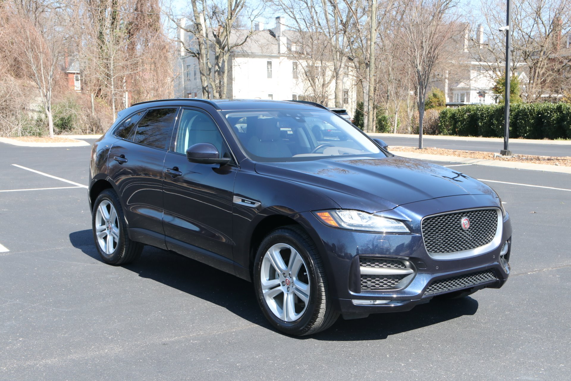 Used 2018 Jaguar F-PACE 20D R-Sport 20d R-Sport for sale Sold at Auto Collection in Murfreesboro TN 37130 1