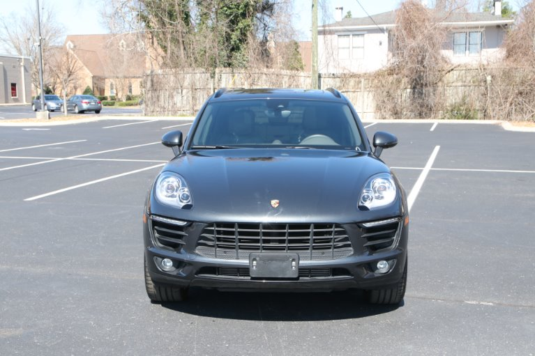 Used 2018 Porsche Macan Plus AWD for sale Sold at Auto Collection in Murfreesboro TN 37130 5