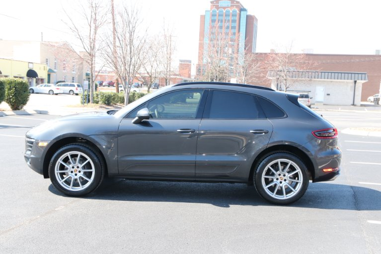 Used 2018 Porsche Macan Plus AWD for sale Sold at Auto Collection in Murfreesboro TN 37130 7