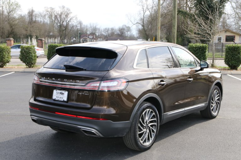 Used 2019 Lincoln Nautilus Reserve AWD W/NAV for sale Sold at Auto Collection in Murfreesboro TN 37130 3