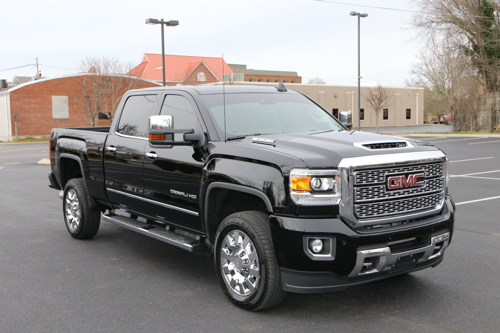 Used 2018 GMC Sierra 2500HD Denali for sale Sold at Auto Collection in Murfreesboro TN 37130 1
