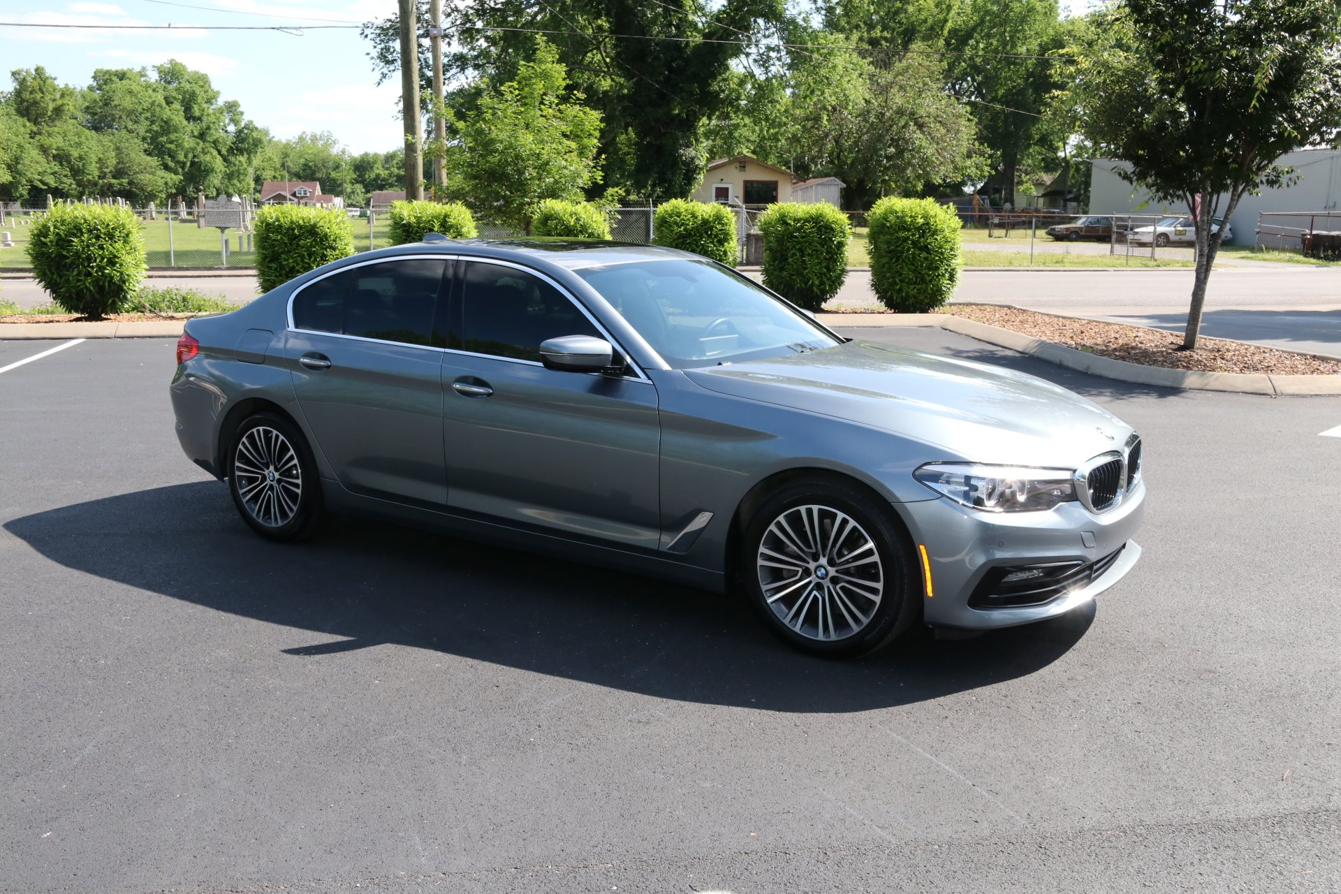 Used 2018 BMW 530I Sport Line W/Nav 530i for sale Sold at Auto Collection in Murfreesboro TN 37129 1