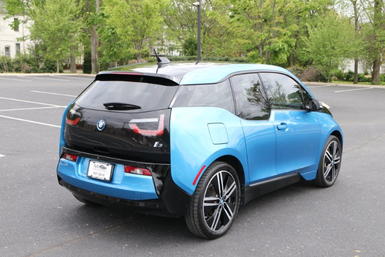 Used 2017 BMW i3 Tera World W/Nav 60 Ah for sale Sold at Auto Collection in Murfreesboro TN 37130 3