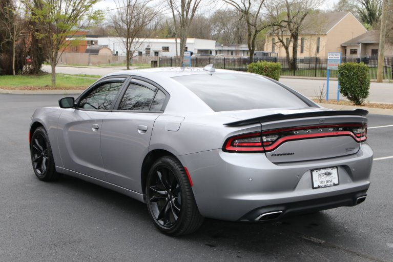 Used 2018 Dodge Charger SXT PLUS WITH BLACKTOP SXT Plus for sale Sold at Auto Collection in Murfreesboro TN 37130 4