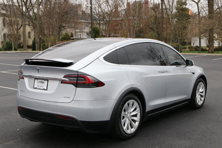 Used 2017 Tesla Model X 100D AWD W/NAV 100D for sale Sold at Auto Collection in Murfreesboro TN 37129 3