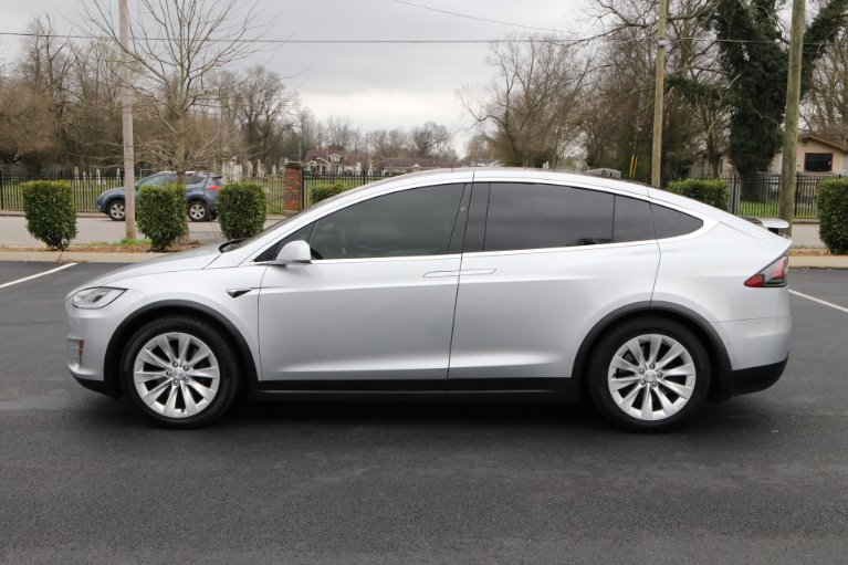Used 2017 Tesla Model X 100D AWD W/NAV 100D for sale Sold at Auto Collection in Murfreesboro TN 37129 7