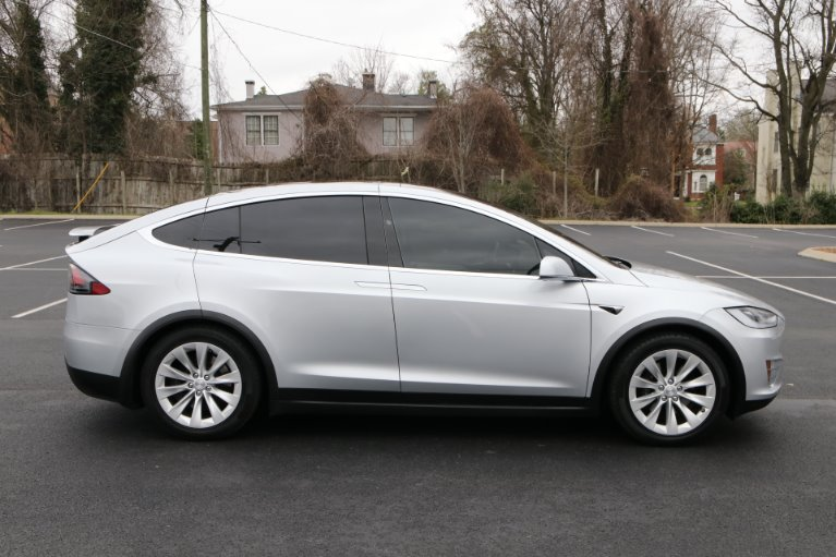 Used 2017 Tesla Model X 100D AWD W/NAV 100D for sale Sold at Auto Collection in Murfreesboro TN 37130 8