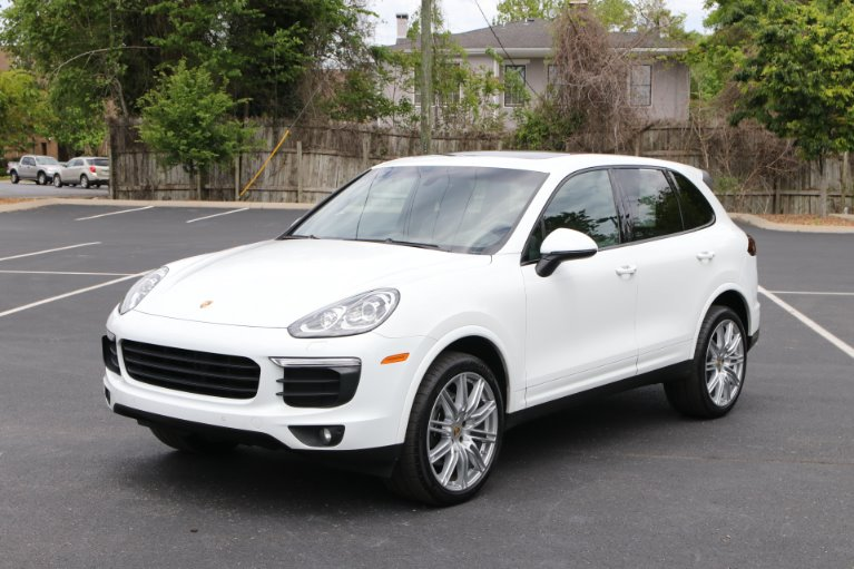 Used 2018 Porsche CAYENNE PLATINUM Awd W/nav BASE for sale Sold at Auto Collection in Murfreesboro TN 37130 2