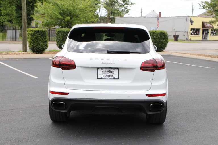 Used 2018 Porsche CAYENNE PLATINUM Awd W/nav BASE for sale Sold at Auto Collection in Murfreesboro TN 37130 6