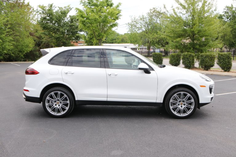 Used 2018 Porsche CAYENNE PLATINUM Awd W/nav BASE for sale Sold at Auto Collection in Murfreesboro TN 37130 8