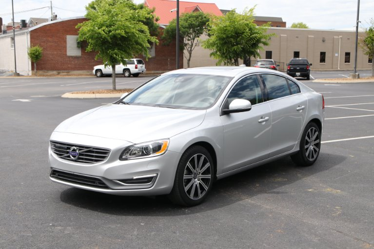 Used 2018 Volvo S60 T5 FWD INSCRIPTION PLATINUM W/NAV T5 Inscription Platinum for sale $23,950 at Auto Collection in Murfreesboro TN 37129 2
