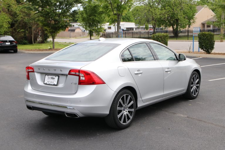 Used 2018 Volvo S60 T5 FWD INSCRIPTION PLATINUM W/NAV T5 Inscription Platinum for sale $23,950 at Auto Collection in Murfreesboro TN 37129 3