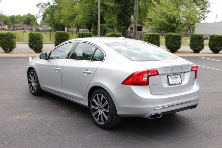 Used 2018 Volvo S60 T5 FWD INSCRIPTION PLATINUM W/NAV T5 Inscription Platinum for sale $23,950 at Auto Collection in Murfreesboro TN 37129 4