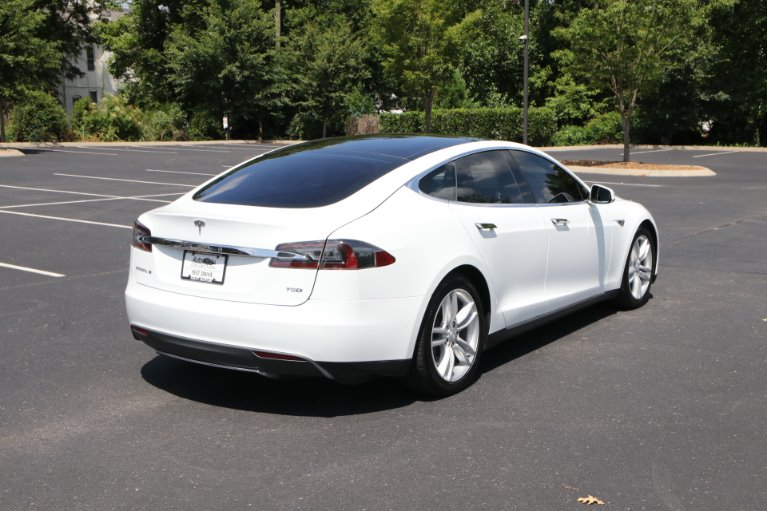 Used 2015 Tesla Model S 70D AWD W/NAV 70D for sale Sold at Auto Collection in Murfreesboro TN 37130 3