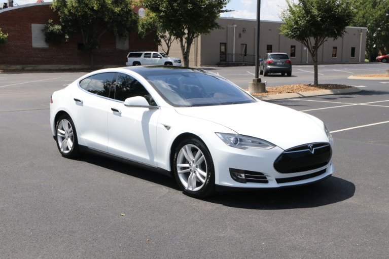 Used 2015 Tesla Model S 70D AWD W/NAV 70D for sale Sold at Auto Collection in Murfreesboro TN 37130 1