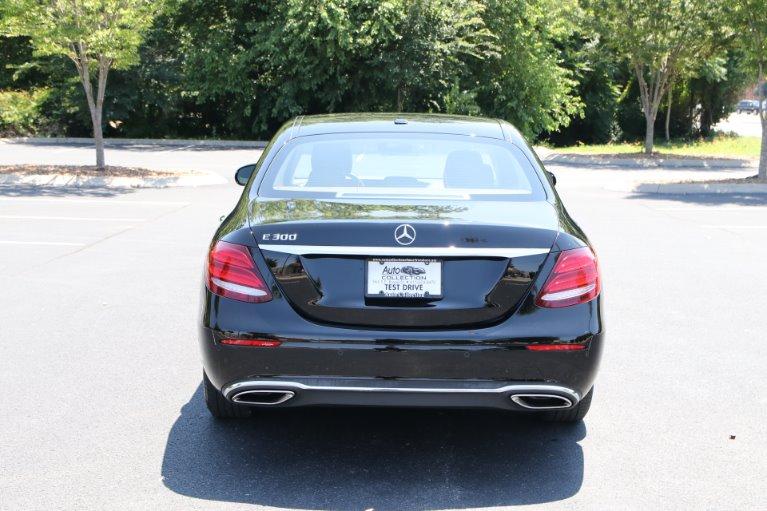 Used 2017 Mercedes-Benz E300 Luxury W/NAV E 300 for sale Sold at Auto Collection in Murfreesboro TN 37130 6