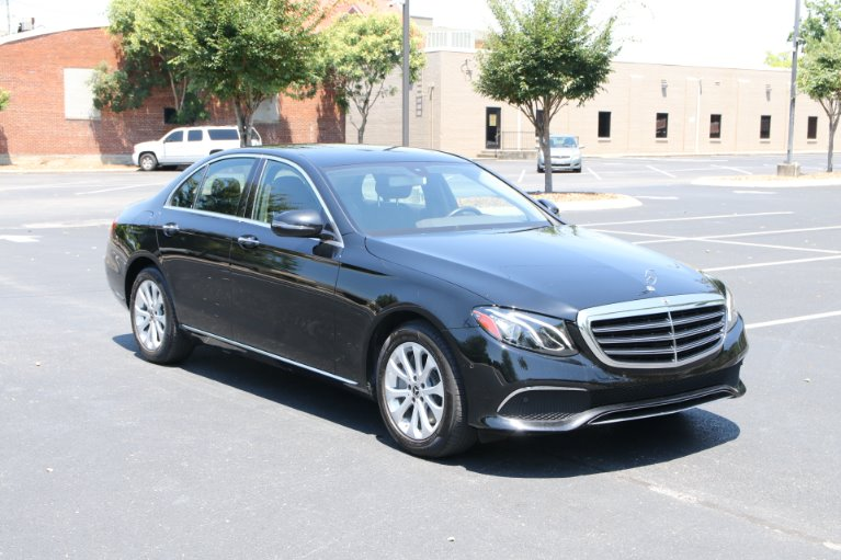 Used Used 2017 Mercedes-Benz E300 Luxury W/NAV E 300 for sale $30,950 at Auto Collection in Murfreesboro TN
