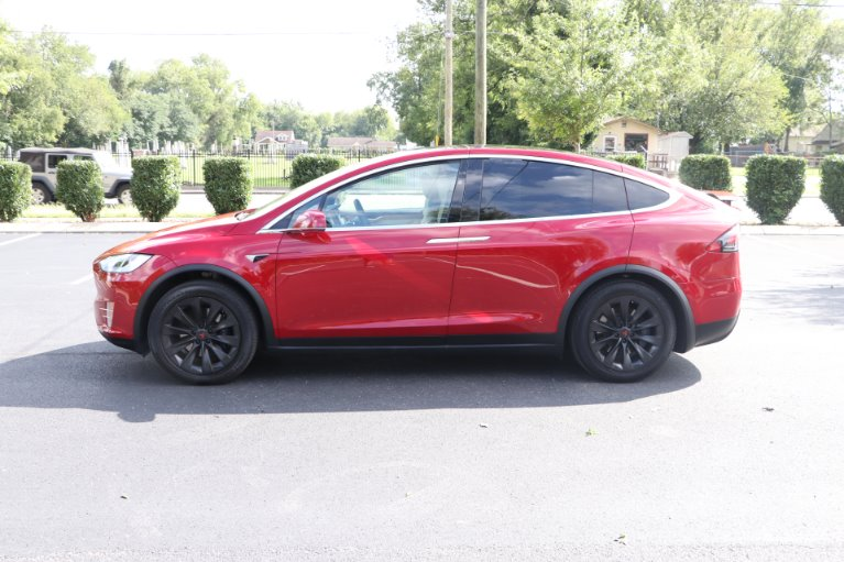 Used 2020 Tesla MODEL X long range AWD W/NAV Long Range for sale Sold at Auto Collection in Murfreesboro TN 37130 7