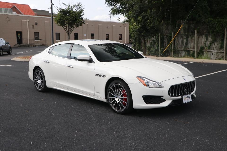 Used 2017 Maserati QUATTROPORTE S Q4 GRANSPORT W/NAV S Q4 GRANSPORT for sale $54,950 at Auto Collection in Murfreesboro TN 37130 1