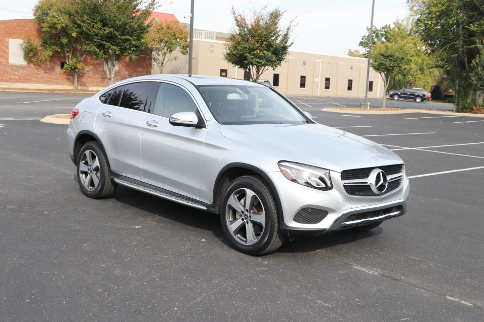 Used 2017 Mercedes-Benz GLC 300 4Matic AWD W/NAV for sale Sold at Auto Collection in Murfreesboro TN 37130 1
