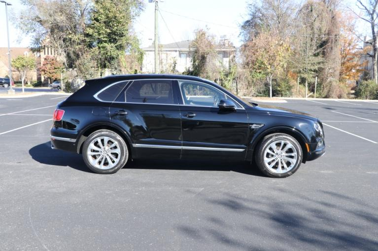 Used 2017 Bentley BENTAYGA TOURING W12 AWD W/NAV for sale $138,950 at Auto Collection in Murfreesboro TN 37130 8