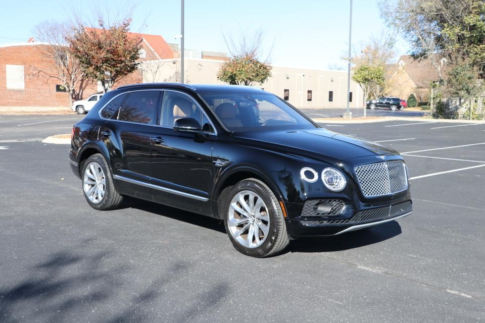 Used 2017 Bentley BENTAYGA TOURING W12 AWD W/NAV for sale $138,950 at Auto Collection in Murfreesboro TN 37130 1