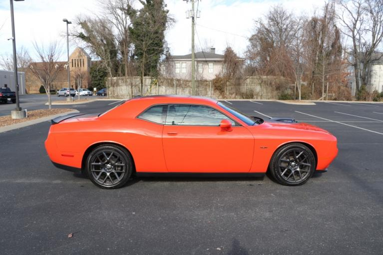 Used 2018 Dodge CHALLENGER R/T Plus Shaker RWD W/NAV R/T PLUS SHAKER for sale Sold at Auto Collection in Murfreesboro TN 37130 8