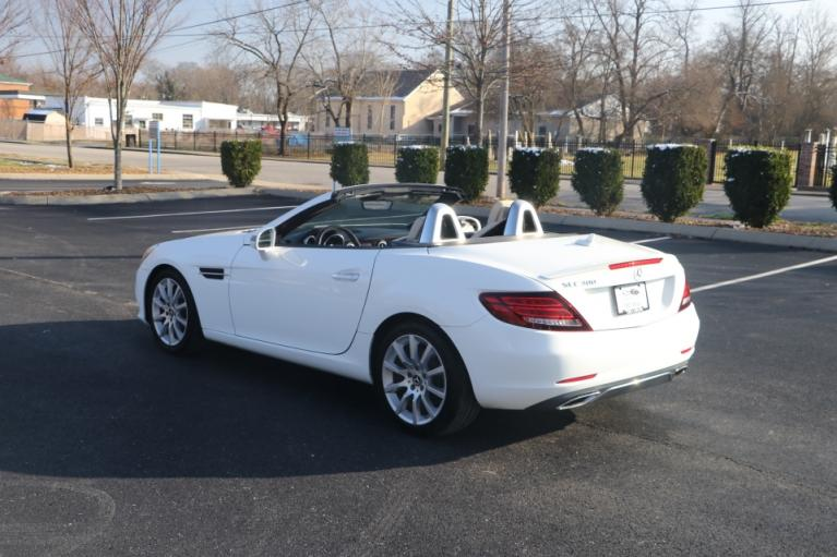 Used 2017 Mercedes-Benz SLC 300 ROADSTER RWD W/NAV SLC300 for sale Sold at Auto Collection in Murfreesboro TN 37130 4