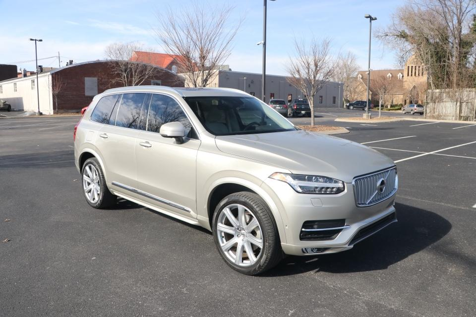 Used 2018 Volvo XC90 T6 INSCRIPTION AWD W/NAV T6 INSCRIPTION AWD for sale Sold at Auto Collection in Murfreesboro TN 37130 1