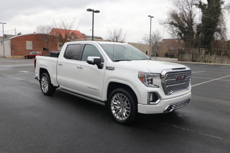 Used 2020 GMC SIERRA 1500 DENALI CREW CAB 4WD w/nav DENALI CREW CAB 4WD for sale Sold at Auto Collection in Murfreesboro TN 37130 1